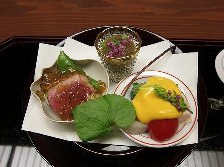 hanamura-2.jpg